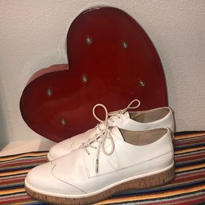 Michael Kors -sporty white derby shoes- 7.5-used